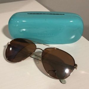 Kate spade aviators with case